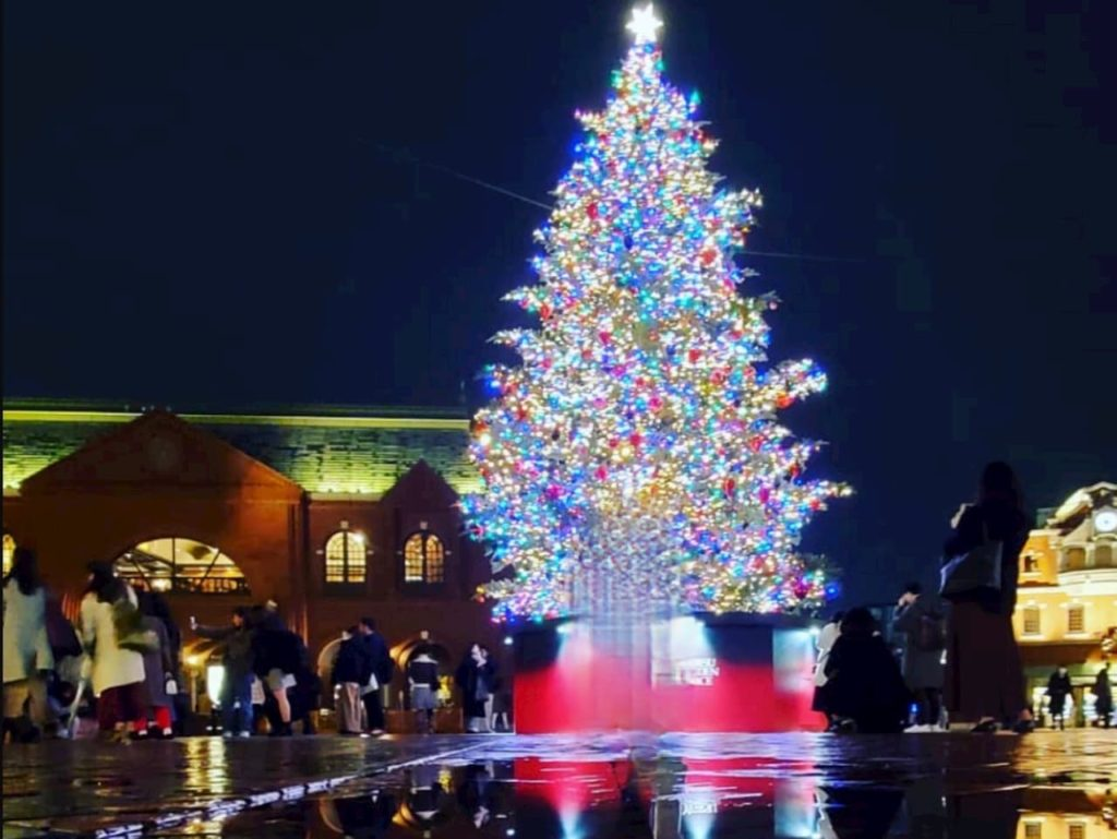 恵比寿ガーデンプレースのクリスマスツリーのイルミネーション